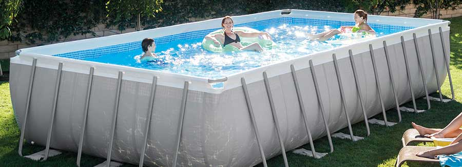 what-to-look-for-in-a-portable-pool-web